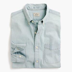 J. CREW Men's Light Wash Stretch Chambray Shirt M